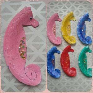paper plate sea horse craft