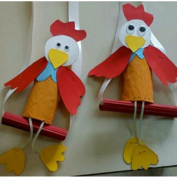 toilet paper roll hen craft