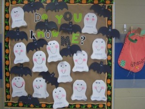 Cute Halloween bulletin board idea