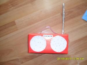 milk box radio craft (2)