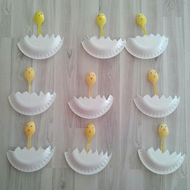 paper plate chicken craft (1)