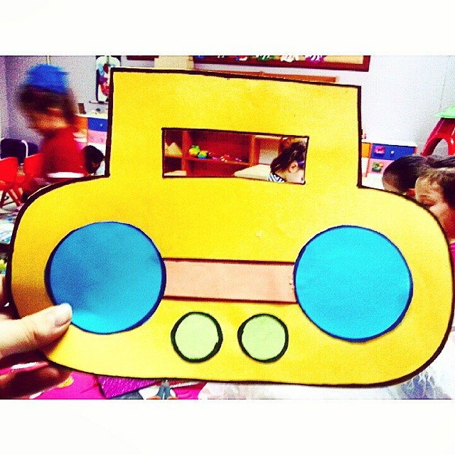radio craft idea for kids (2)