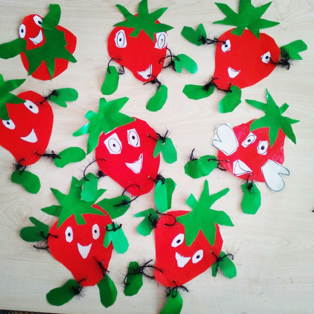 strawberry craft (1)