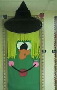 witch door decoration