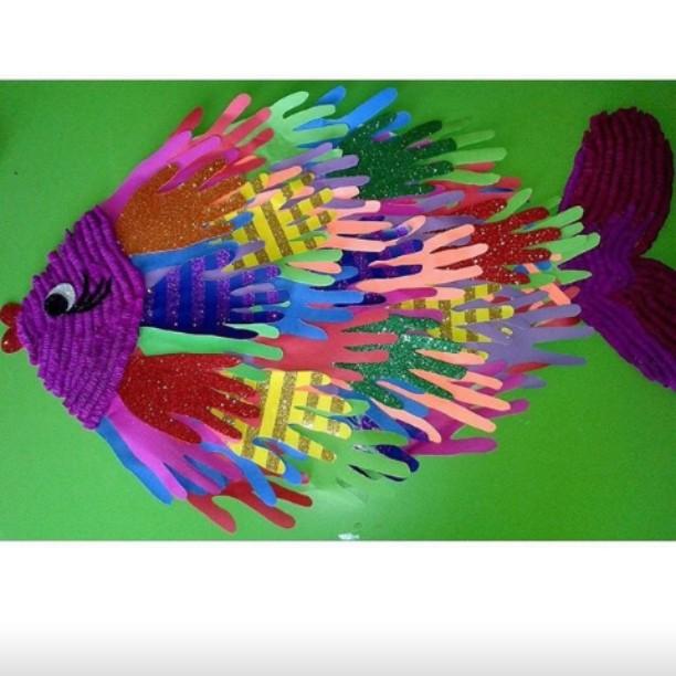 handprint fish craft (2)