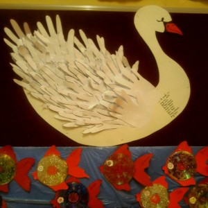 handprint swan craft