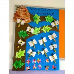 bee bulletin board idea for kids (1)