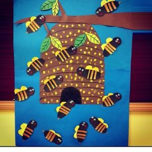 bee bulletin board idea for kids (4)