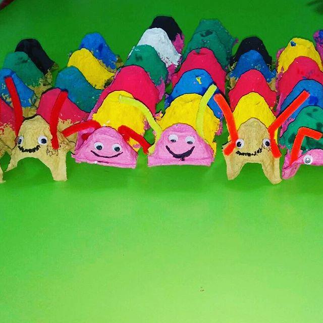 egg carton caterpillar craft (2)