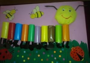 toilet paper roll caterpillar craft (1)