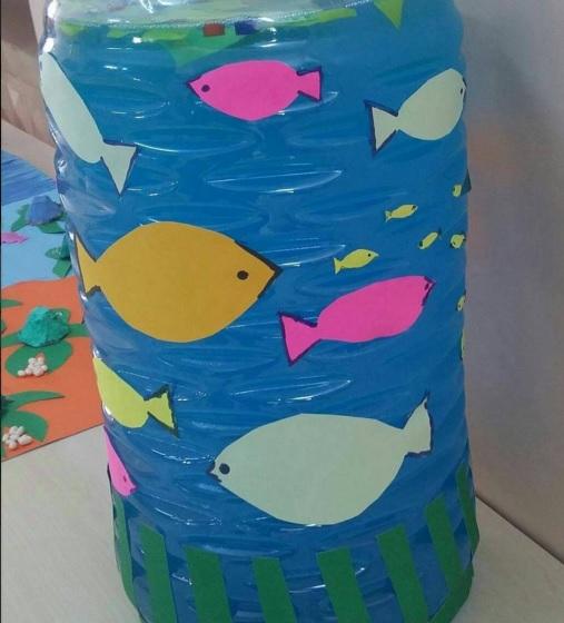 bottle Aquarium craft idea for kids (2)