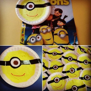 paper plate minions