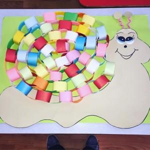 snail bulletin board idea (1)