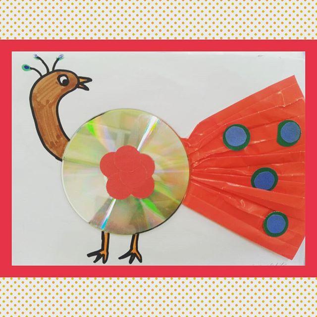 cd peacock craft idea