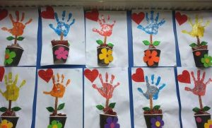 handprint craft idea for preschoolers (2)