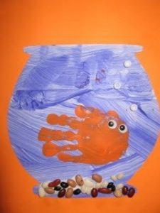 handprint-fish-craft-idea-for-kids