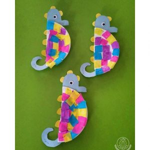paper plate sea horse craft