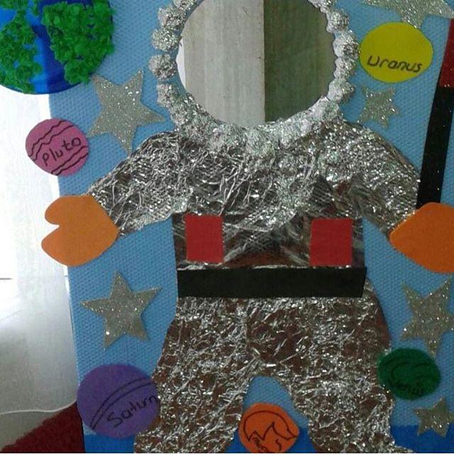 astronaut-bulletin-board-2