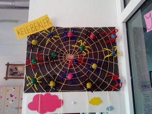egg-carton-spider-craft-idea-for-kids