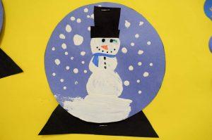 snow-globe-craft-idea-1