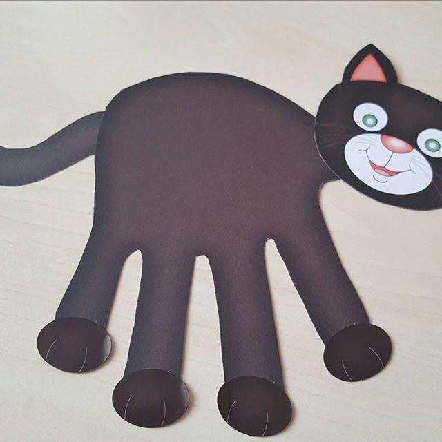 handprint cat craft